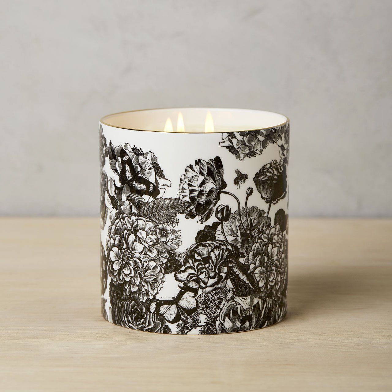 The Country Garden 3 Wick Scented Ceramic Candle - Chase and Wonder - Proudly Made in Britain