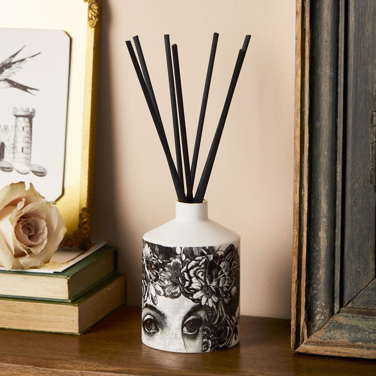 The Flower Lady Ceramic Diffuser - Chase and Wonder - Proudly Made in Britain