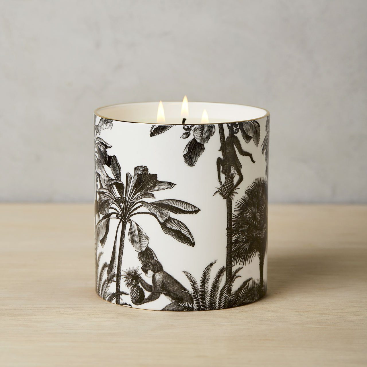 The Tropical Paradise 3 Wick Scented Ceramic Candle - Chase and Wonder - Proudly Made in Britain