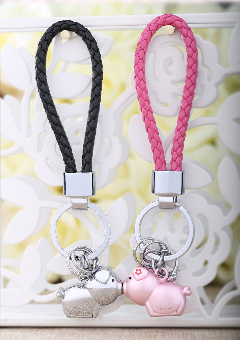 Piggies In Love Keychains