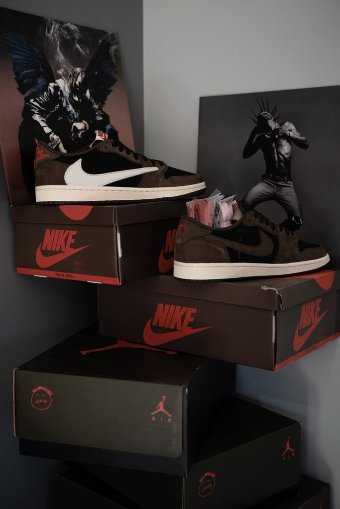 Air Jordan 1 Retro Low OG SP Travis Scott