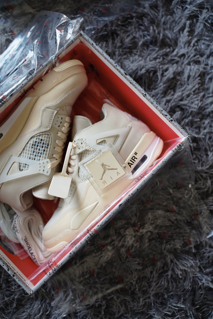 Air Jordan 4 Retro Off White Sail (W)