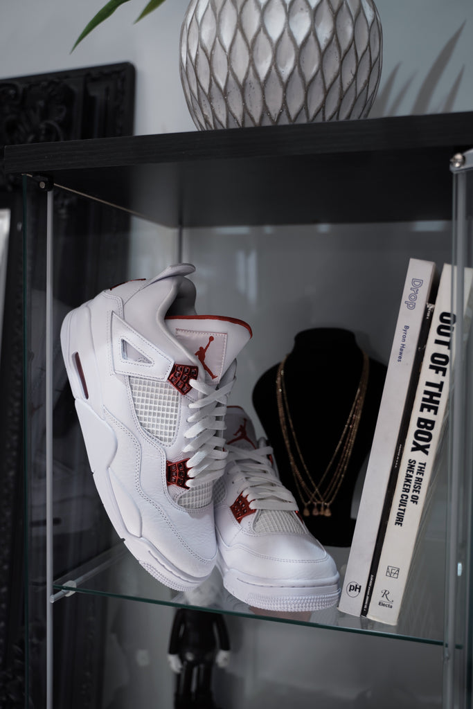 Air Jordan 4 Retro Metallic Red