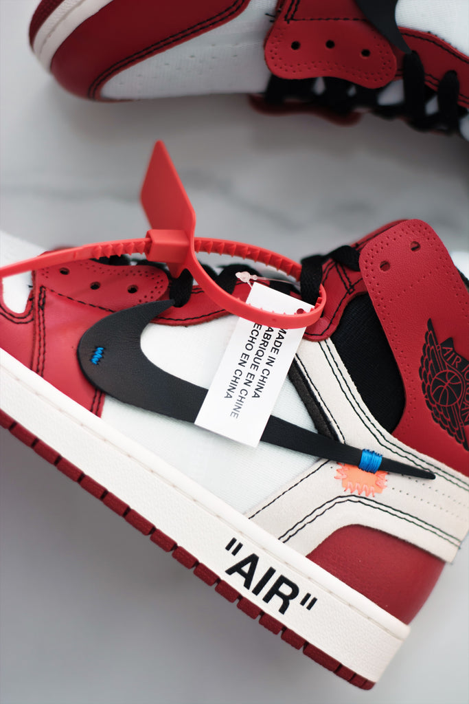 "Air Jordan 1 Retro High Off-White ""Chicago"""