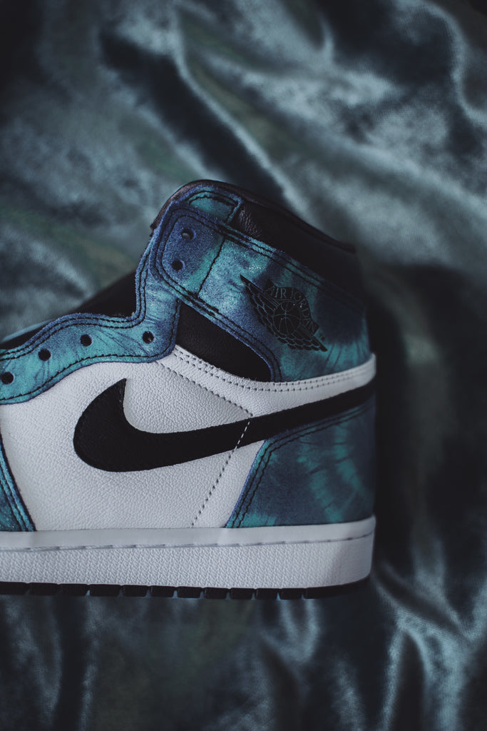 Air Jordan 1 Retro High Tie Dye (W)