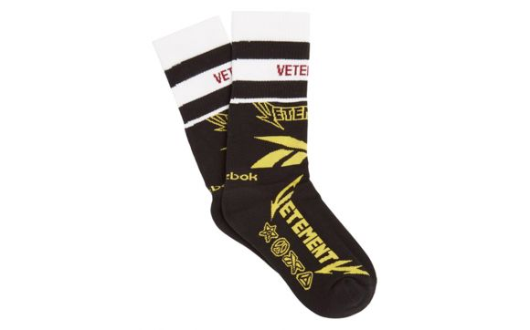 Vetements color block metal logo cotton socks, black metallic