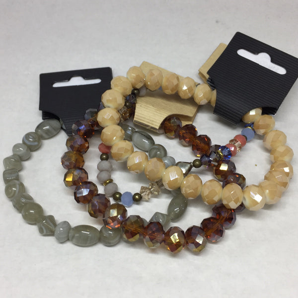 Bracelet: Smokey Cream Glass Beads