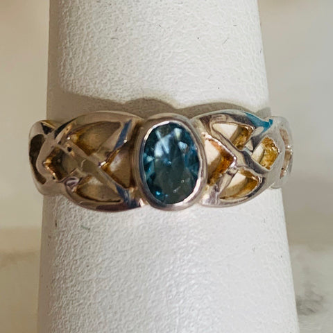 Ring: Sterling Silver Light Blue Stone