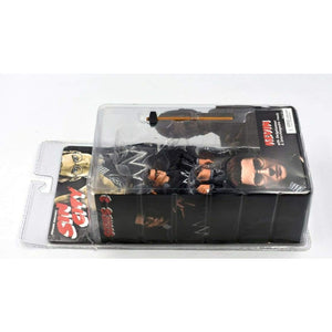 NECA - Sin City Series 2 - Kevin (Colour Version) Action Figure - Toys & Games:Action Figures:TV Movies & Video Games
