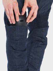 Protective motorcycle riding jeans with stretch with Dyneema® by ZIN Motowear. Model A537. Touring knee protectors.