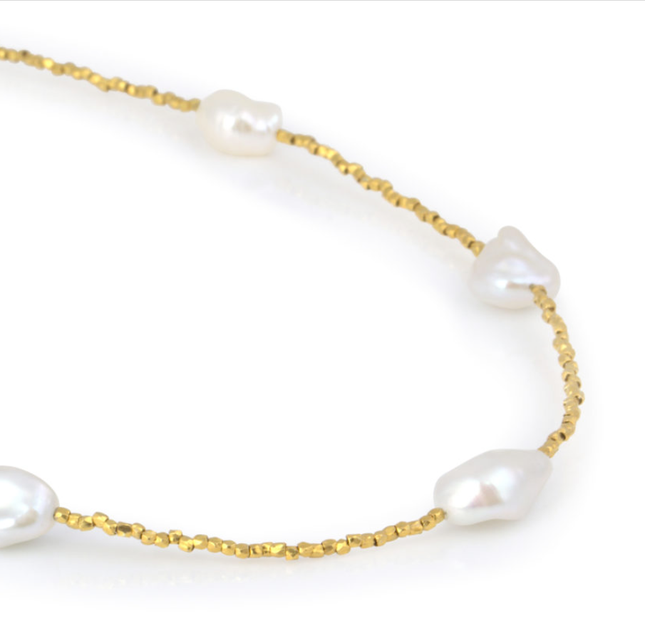 Short Goa Gold Pearl Necklace
