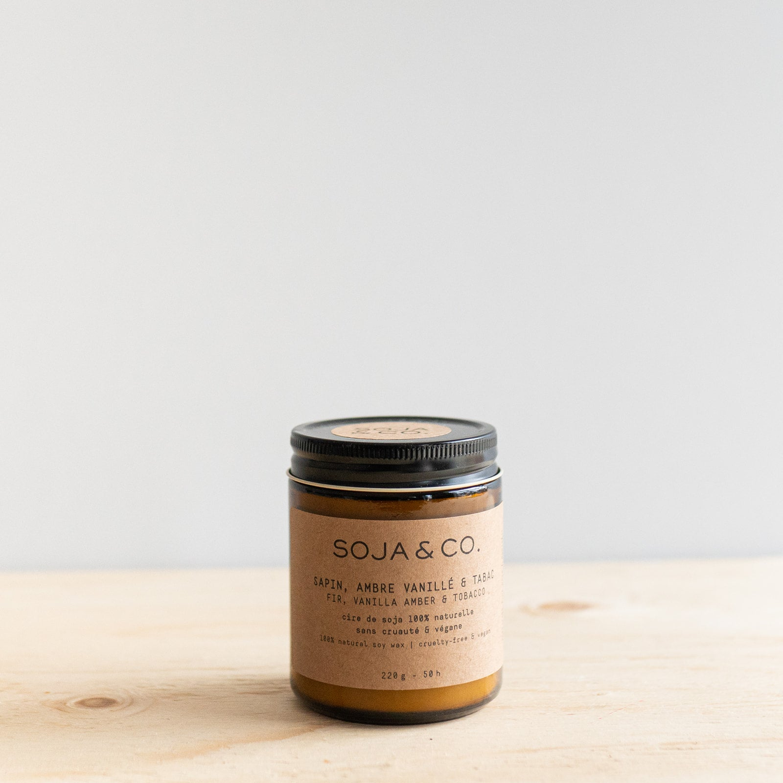 Fir, Vanilla Amber & Tobacco Candle by SOJA&CO.