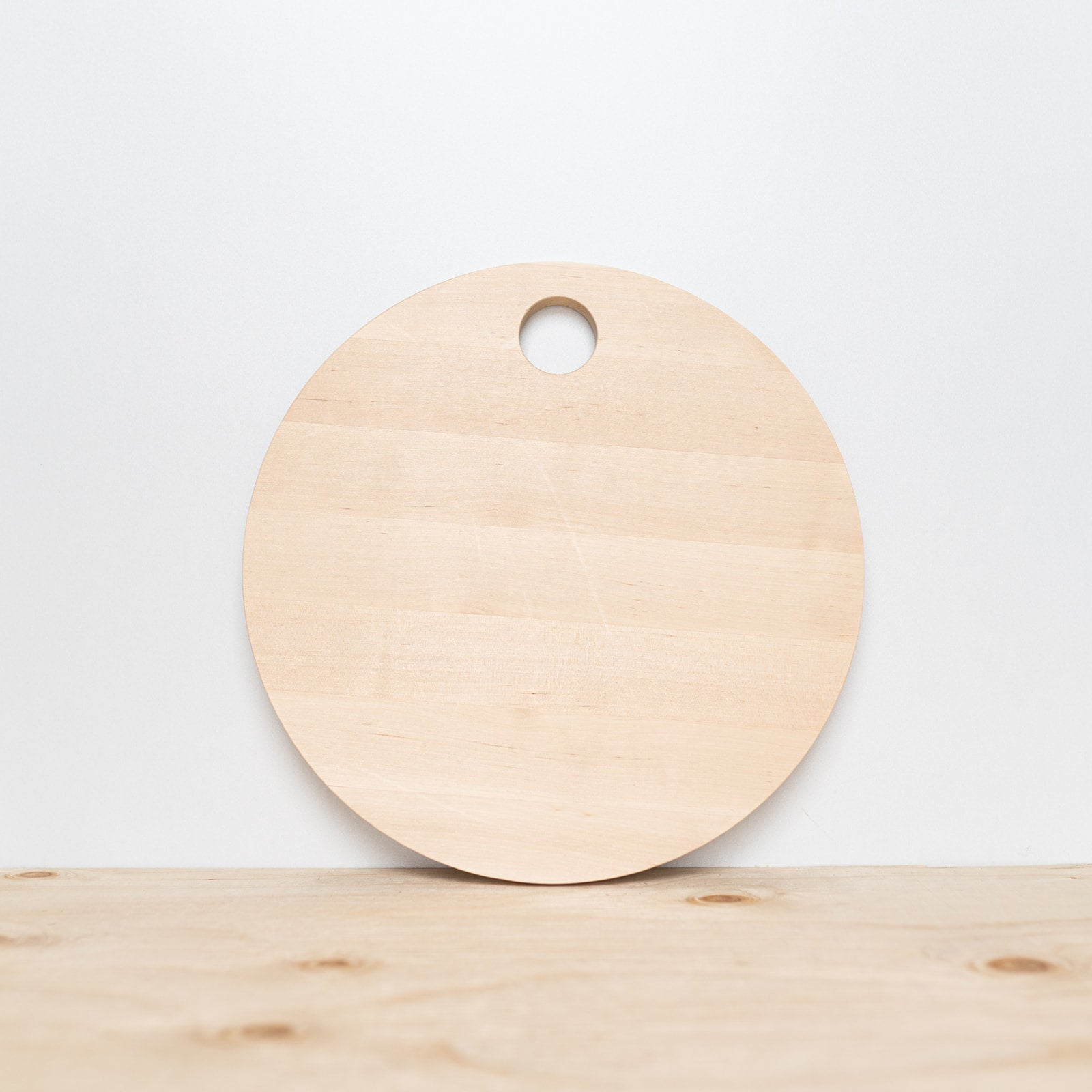 Round Birch Wood Cutting Board