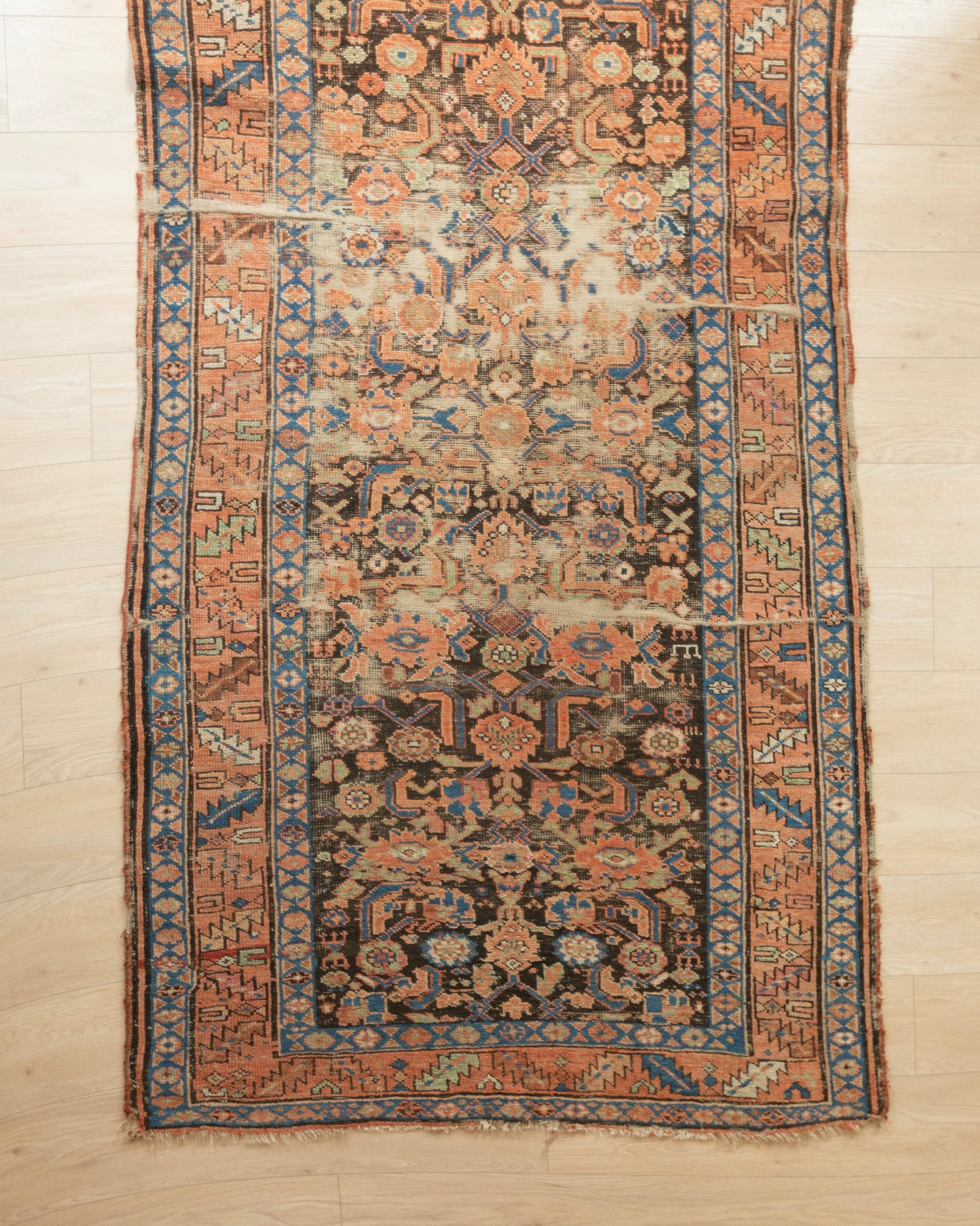 "Malayer Antique Rug 3'9"" x 9'1"""
