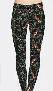 Red Fox Wildlife with Hunting Horn Ladies Leggings Activewear