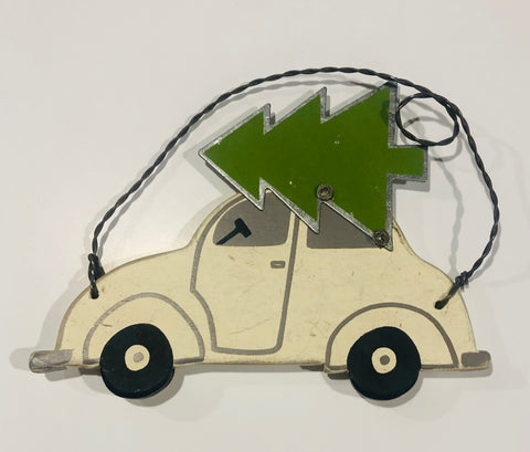 WHITE BEETLE/BUG CAR ORNAMENTS WITH TREE