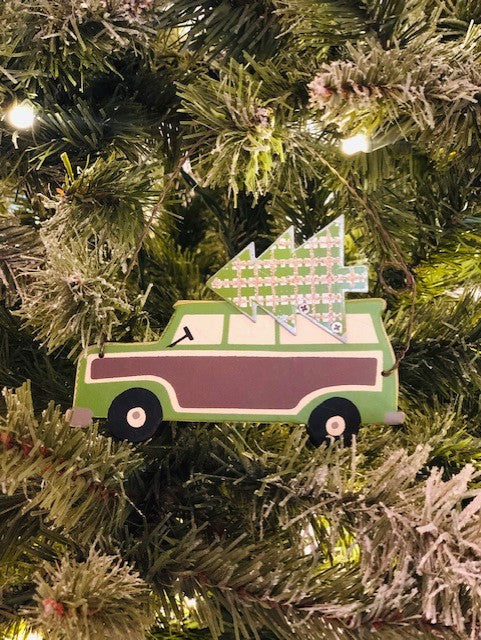 GREEN WOODY WAGON ORNAMENTS