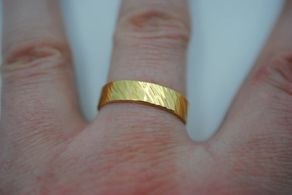 Bark Yellow Gold Ring Band