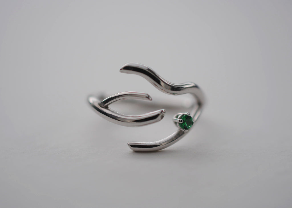 Branch Rhodium Thicker Roots Ring with Emerald Gemstone