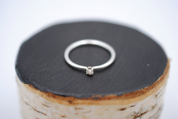 Dainty Raw Diamond Ring