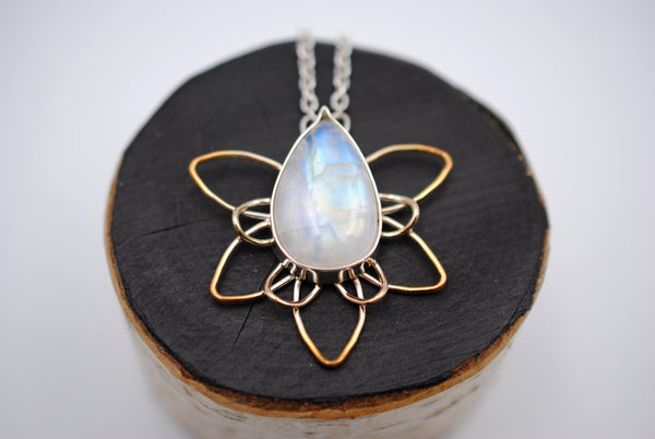 Moonstone Dahlia with Yellow Gold Ombre Pendant Necklace