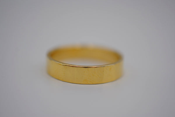 Rock Yellow Gold Ring Band