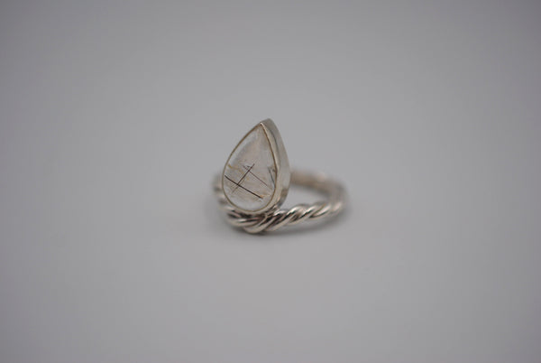 Rutilated Quartz Curved Rope Ring