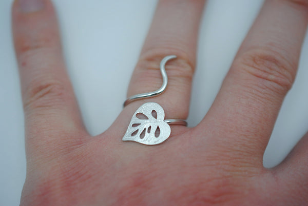 Silver Swiss Cheese Plant Ring