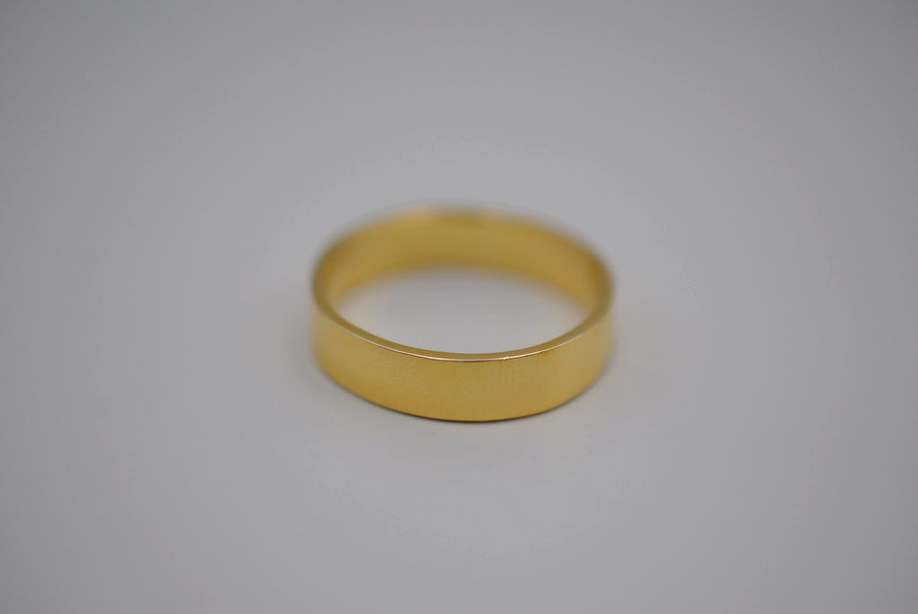 High Polished Yellow Gold Ring Band