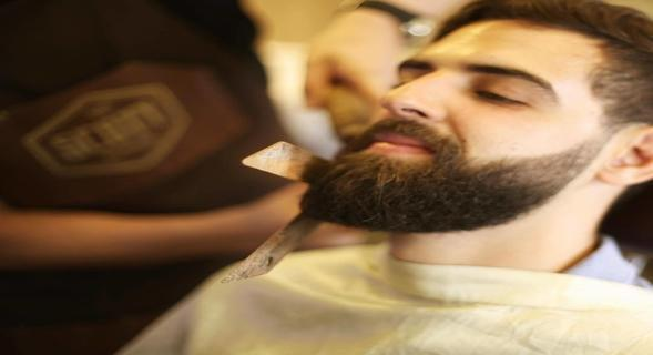 LOW MAINTENANCE BEARD TIPS THAT WILL KEEP YOU LOOKING SHARP