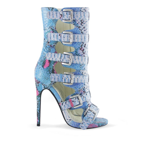 Nelly Bernal Blue snakeskin printed heels
