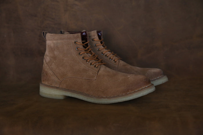 HOUND & HAMMER The Hunter Boot in Sand Suede