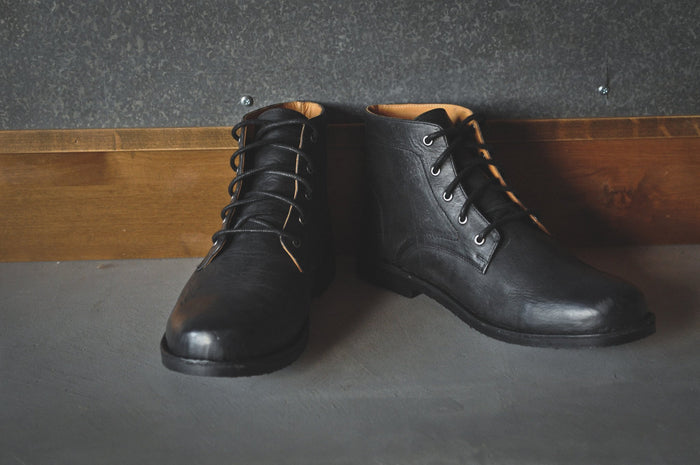 HOUND & HAMMER The Grover Boot in Black Leather