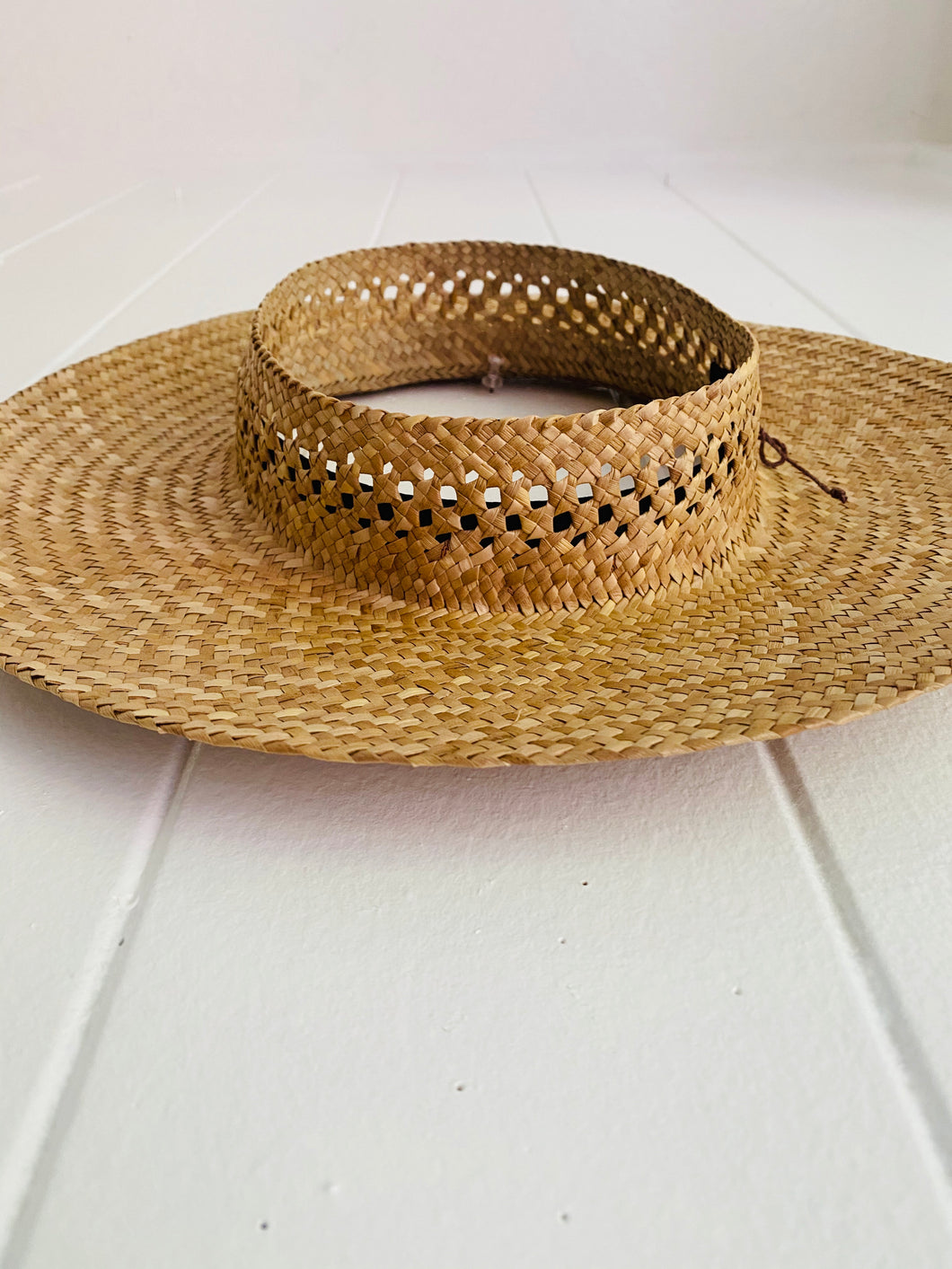 Love Knot Long Brim