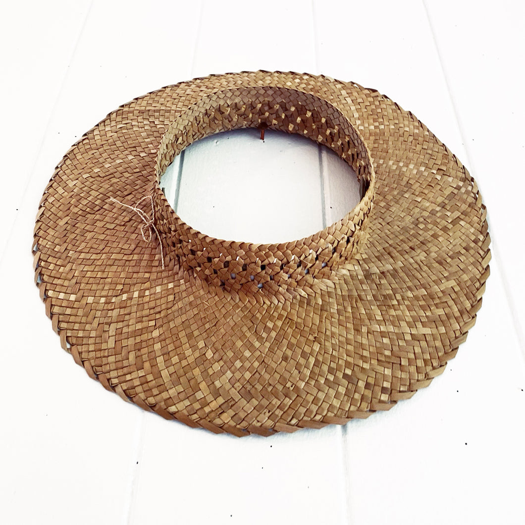 Long Brim Love Knot Crownless Pāpale #126