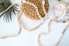 Very Rare Kaua'i Shell Lei