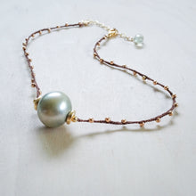 Sigal with Light Tahitian Pearl