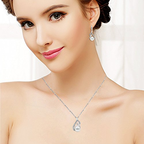 Gold Plated Faux Pearl Necklace and Earring Set + 1 WEEK FREE SHIPPING! - Folio Trends