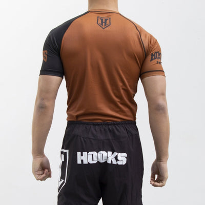 Hooks Pro Light Rashguard - Brown