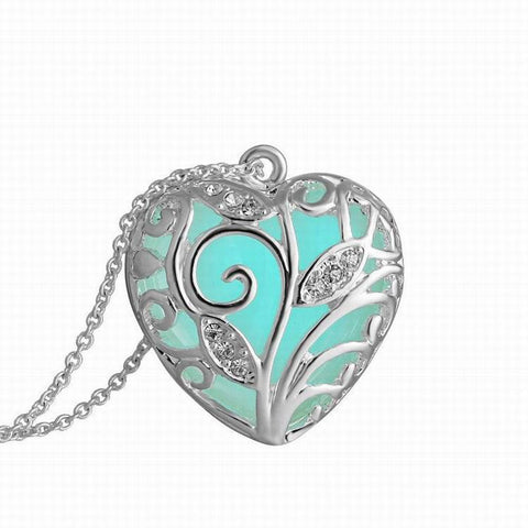 """Glow In The Heart"" Steampunk Pendant Necklace- FREE Shipping"