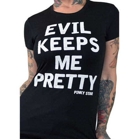 Women's Pinky Star Evil Keeps Me Pretty T-Shirt Black Goth