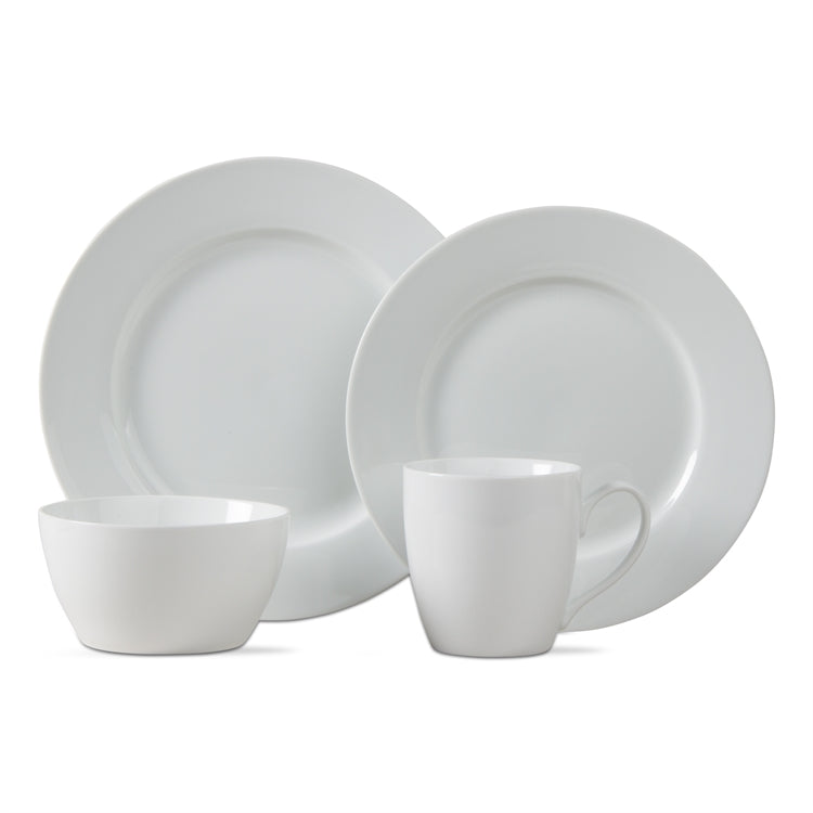 white porcelain set of dinnerware