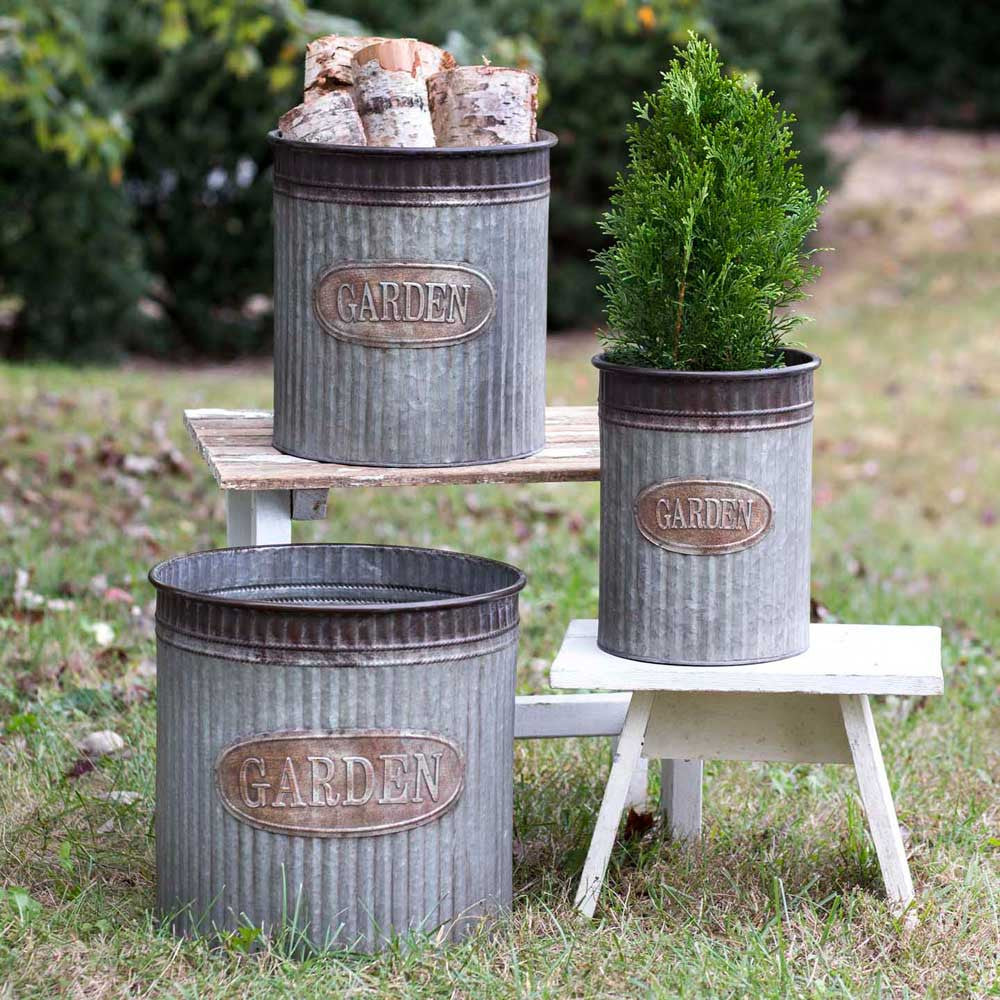 Galvanized Metal Garden Planters Set of 3 / Farmhouse Style