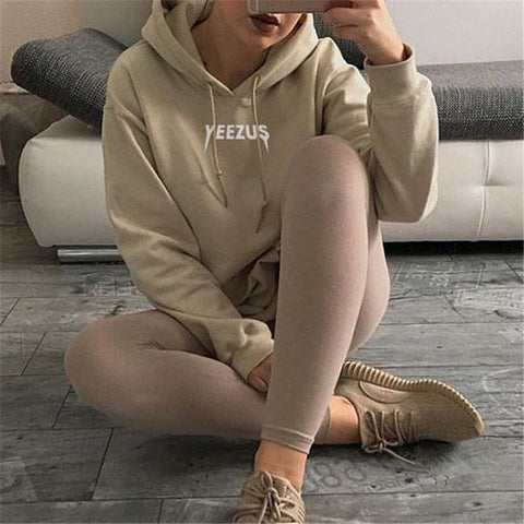 Hot Yeezus Dicetak Bat Sleeve Sweatshirt - loveofqueen
