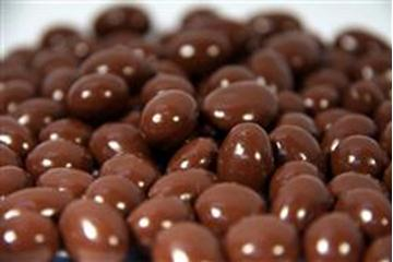 Pink Lady Milk Chocolate Peanuts in 1KG Bag