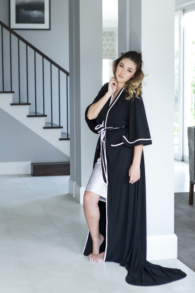 ANTHEA ROBE