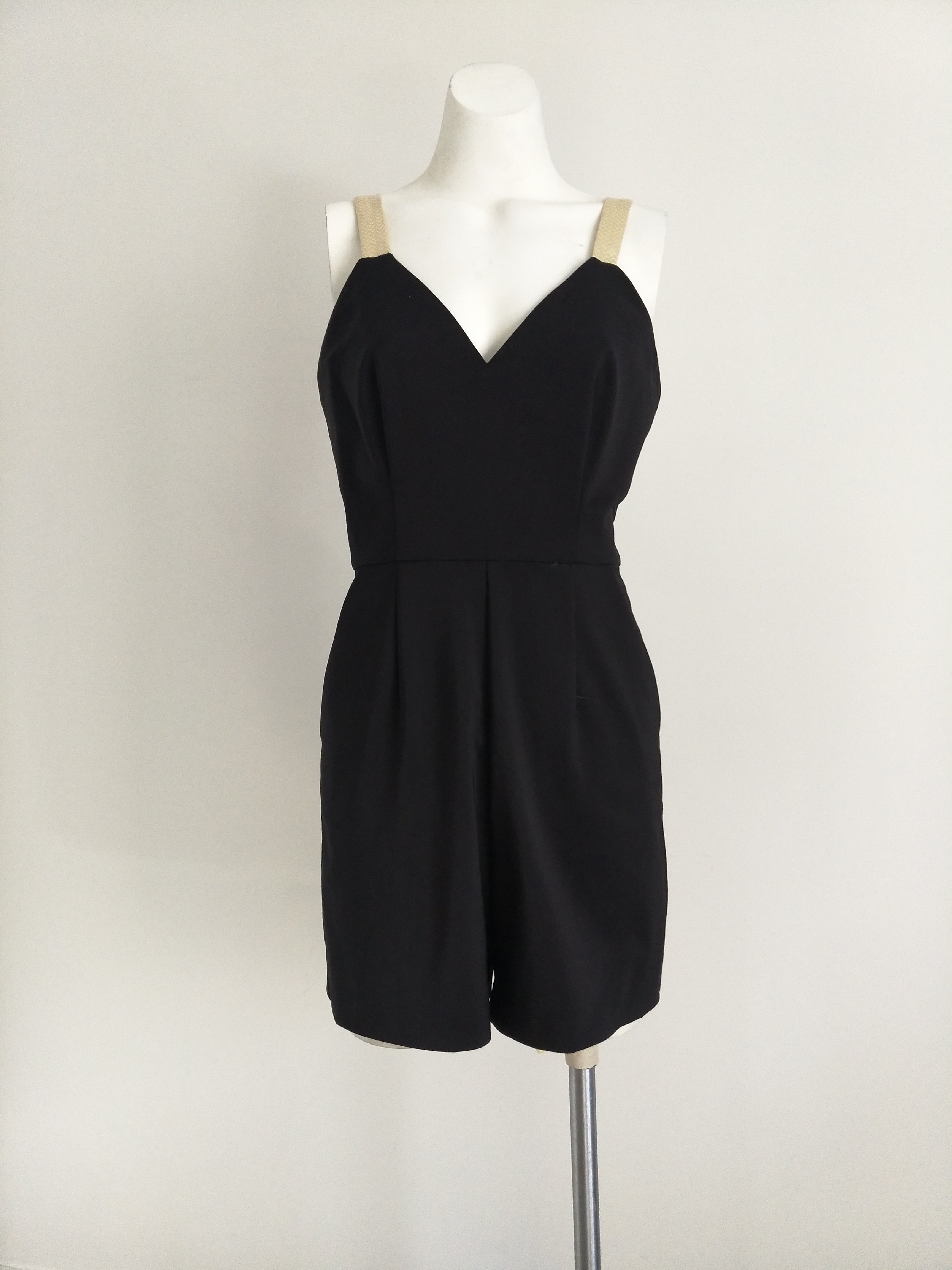 LEAH PLAYSUIT - SIZE 8