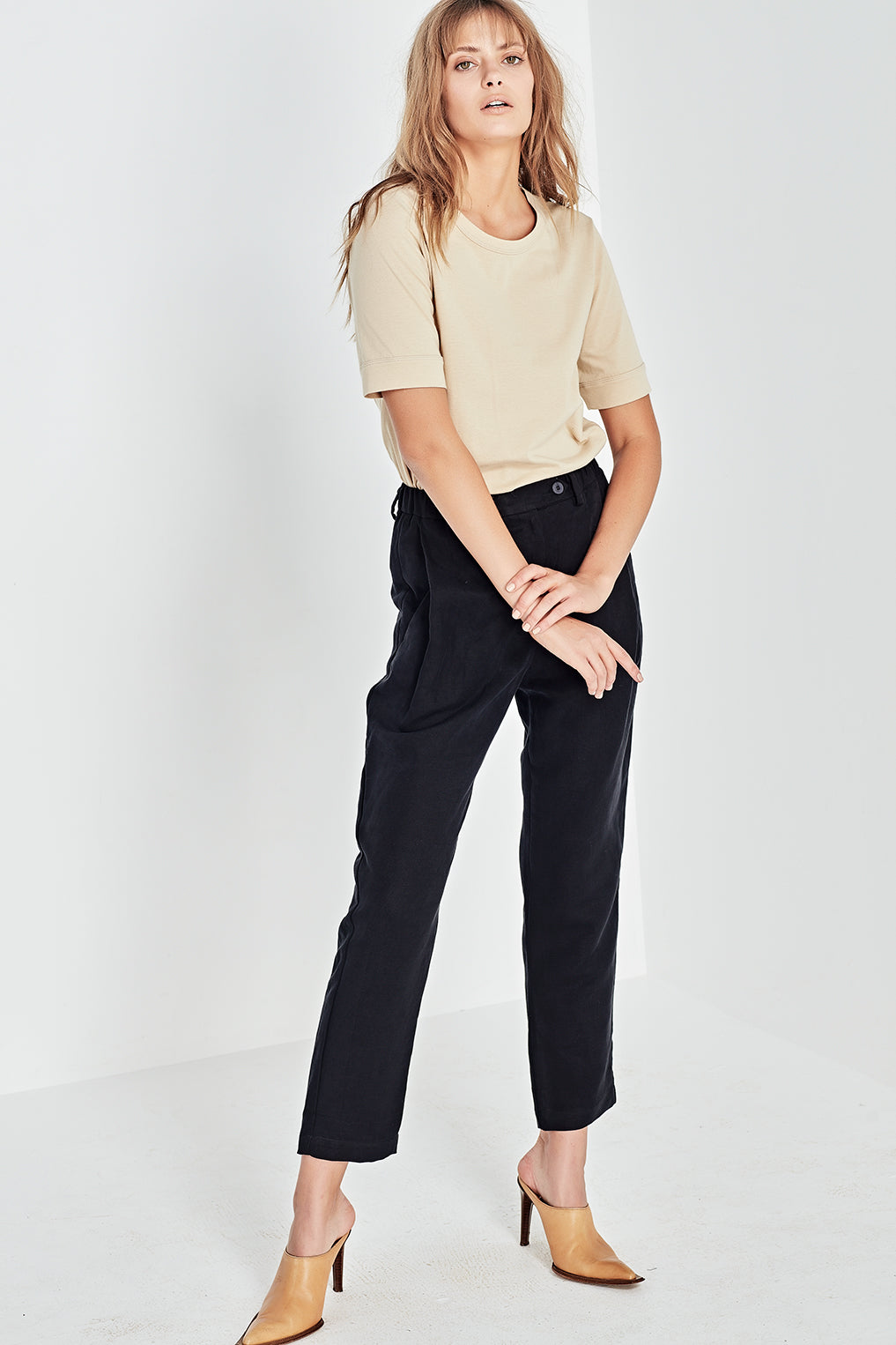 The Column Tee in Jute