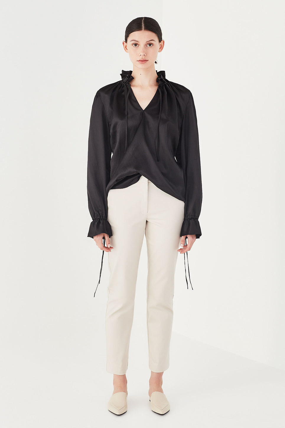 The Primrose Blouse in Black