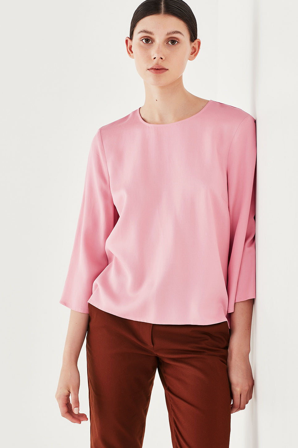 The Roxy Top in Peony